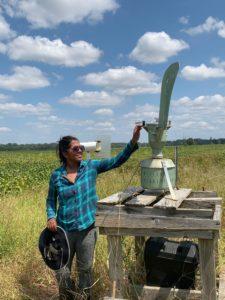 Nelomie Galagedara collects Cercospora spore samples
